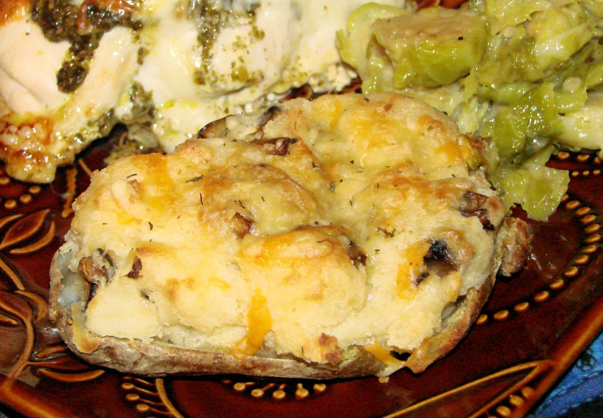 Double-Baked Potatoes With Mushrooms and Cheese image