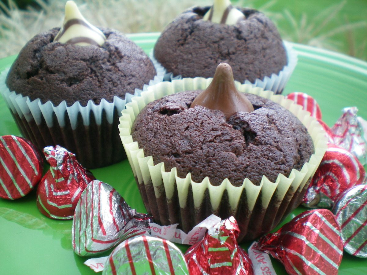 Double Kisses Chocolate Cupcakes image
