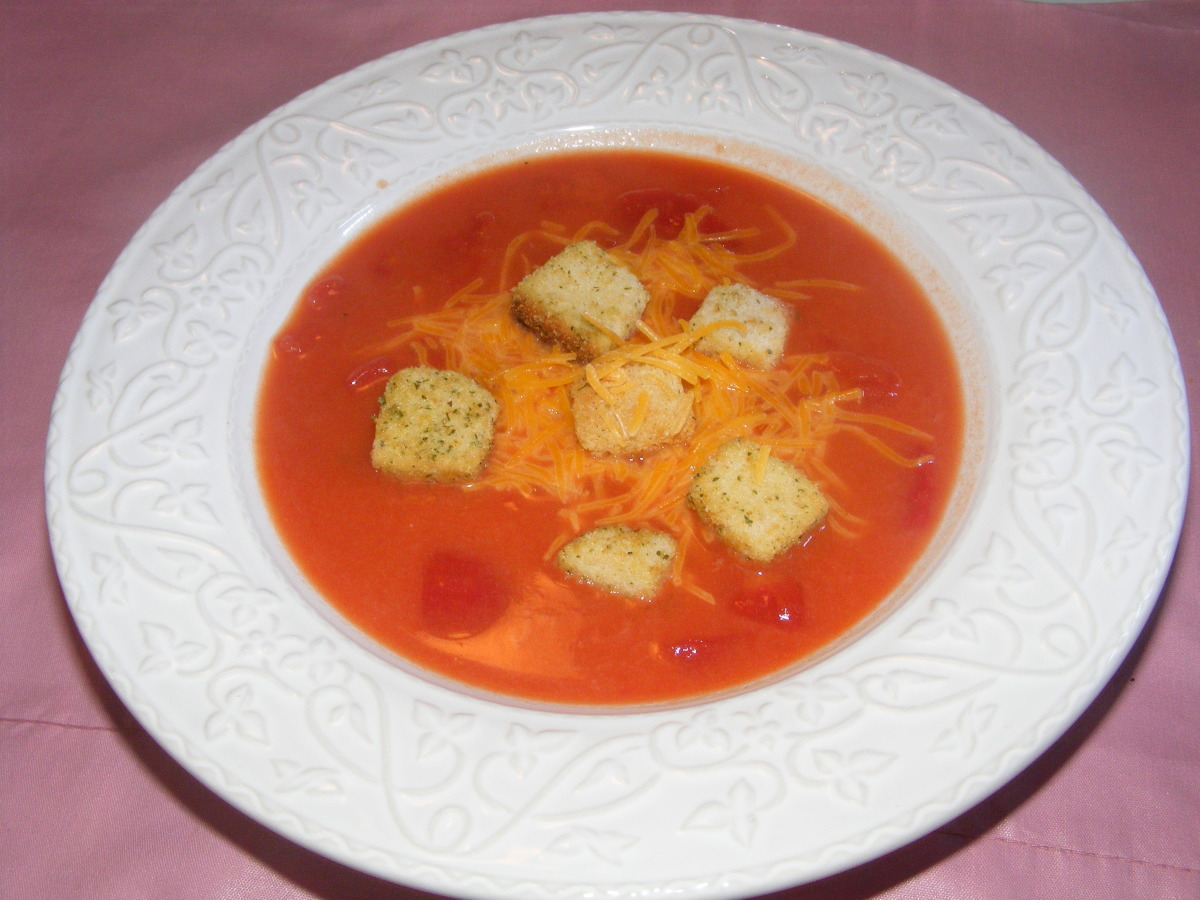 Creamy Tomato Cheese Soup With Croutons image
