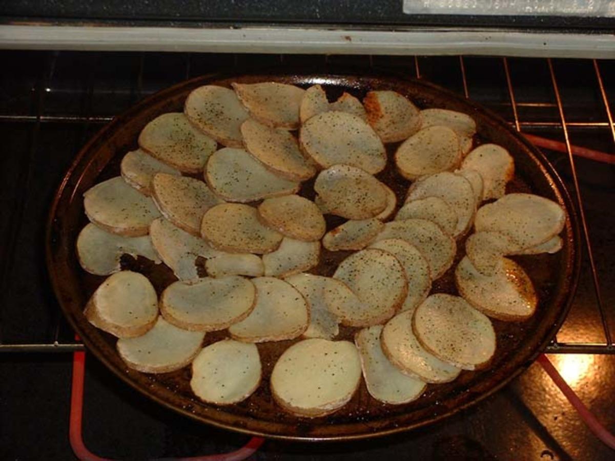 Homemade Baked Potato Chips image