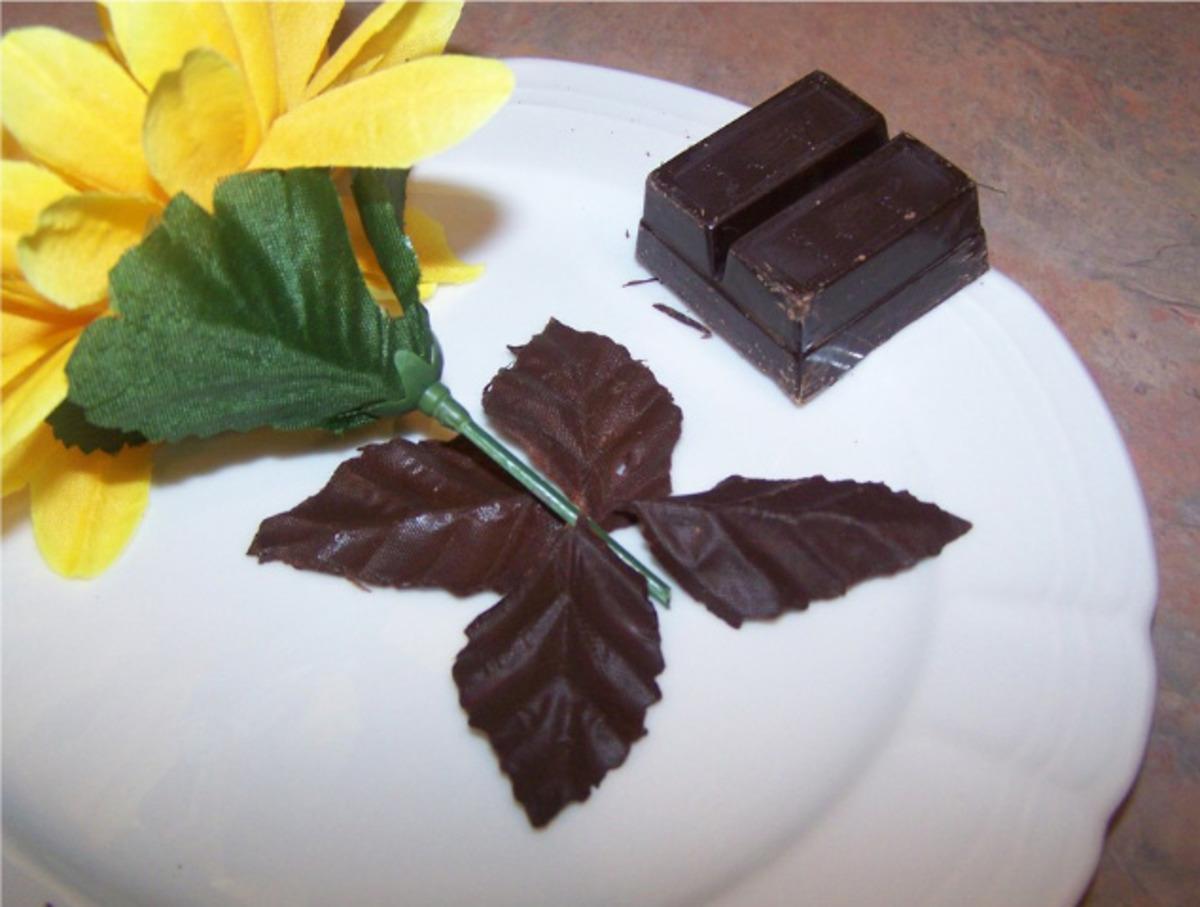 Decorative Chocolate Leaves image