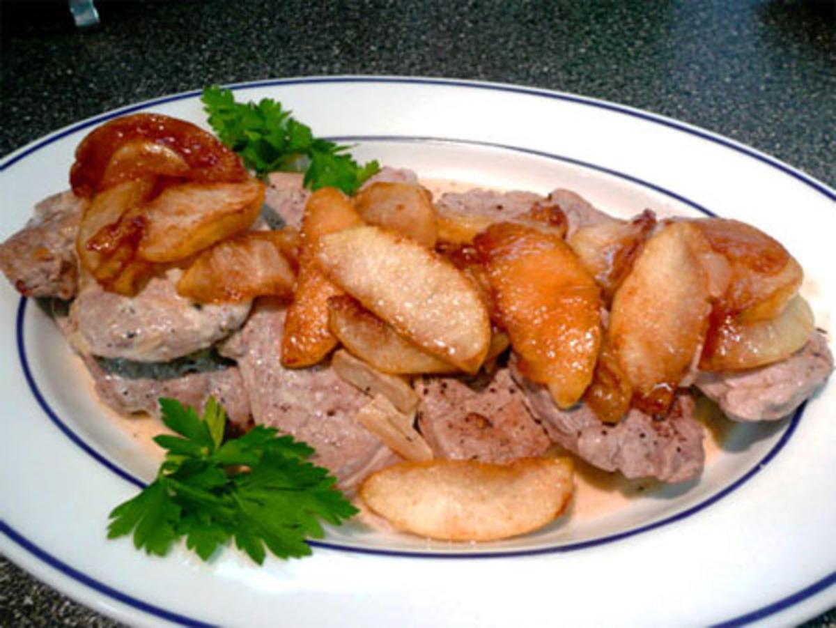 Pork Tenderloin With Apples, Calvados and Apple Cider image
