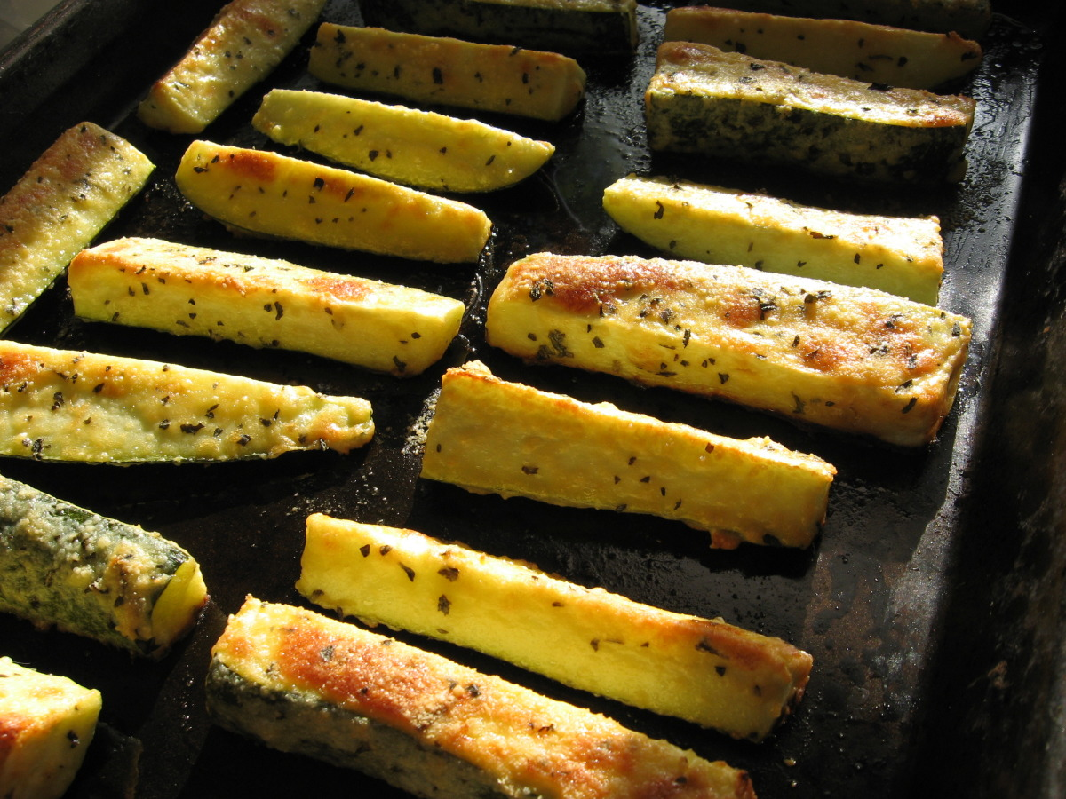 Parmesan Crusted Zucchini image