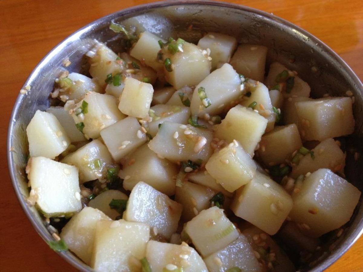 Korean Seasoned Potatoes (감자 조& image