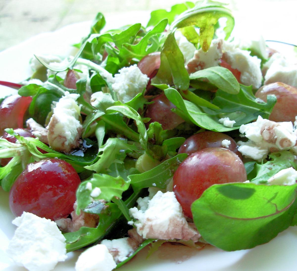 Arugula and Goat Cheese Salad image
