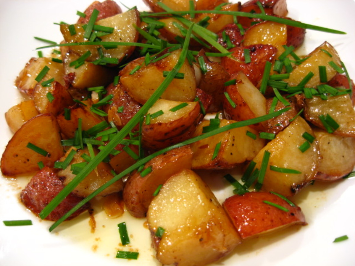 Maple-Glazed New Potatoes image