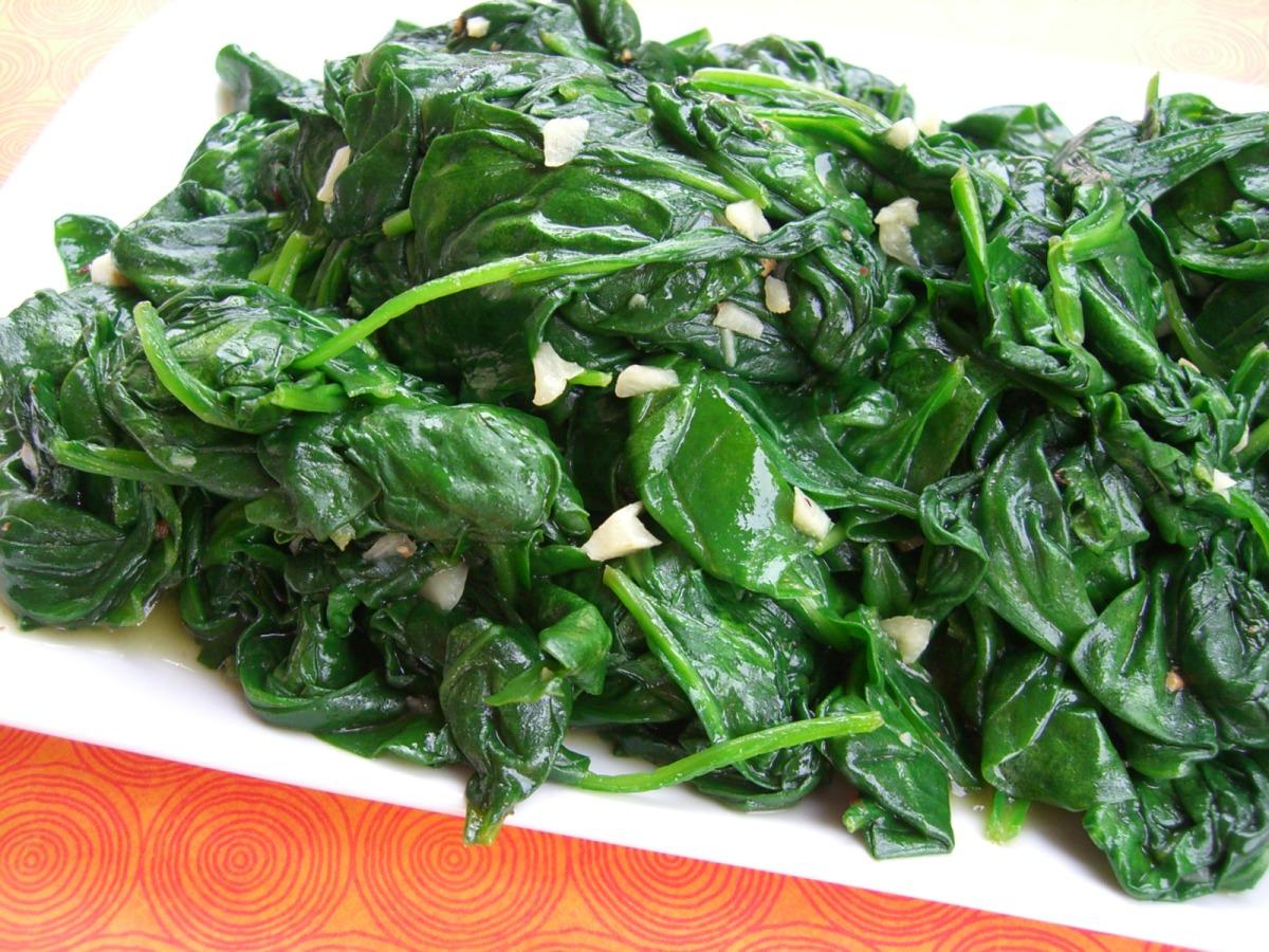 Sauteed Baby Spinach and Garlic_image