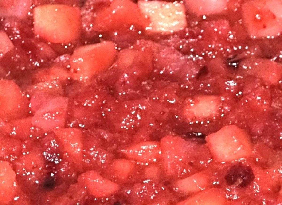 Cranberry Applesauce With Orange and Pears image