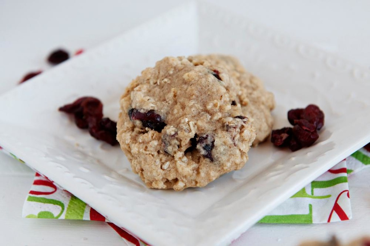 Chewy Cranberry Oatmeal Cookies image