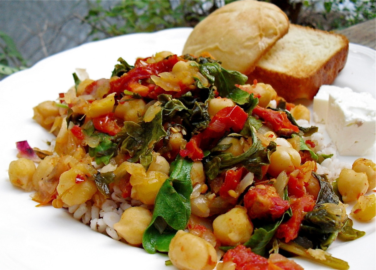 Chickpeas With Spinach (Greek) image