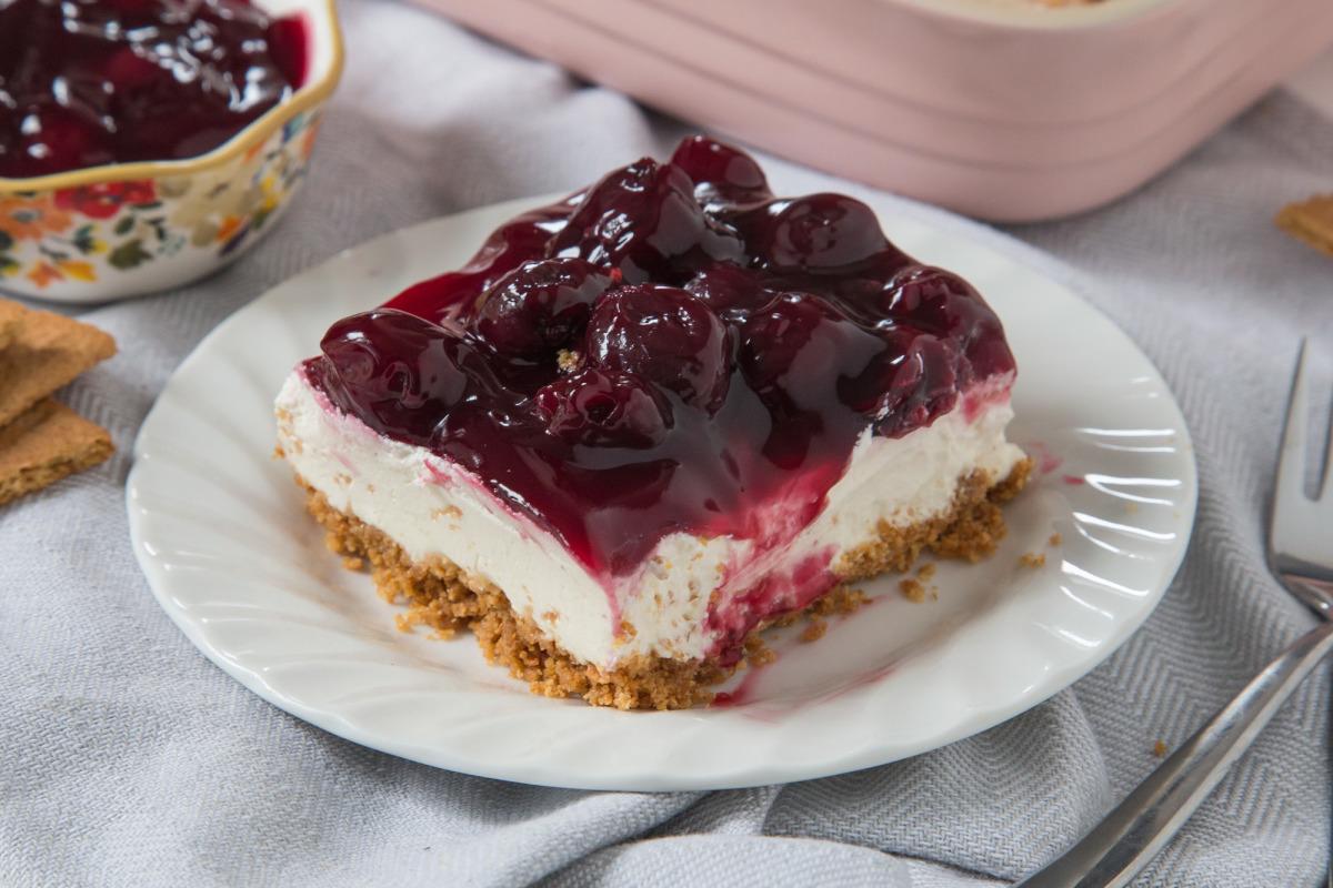 Easy Cherry Delight Dessert (No-Bake)_image