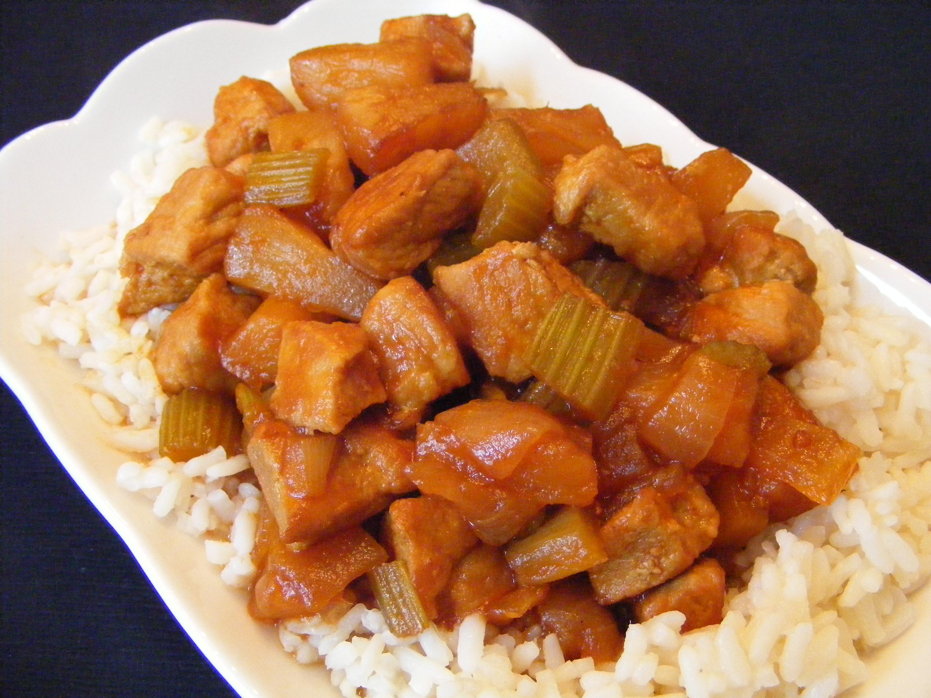 Slow Cooker Kalua Pork {A Hawaiian Favorite} | Lil' Luna