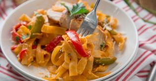 Spicy Cajun Pasta Like Tgi Fridays Recipe Genius Kitchen