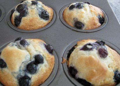 recipe: bisquick white chocolate raspberry muffins [33]