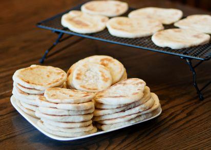 Arabian pita bread recipe genius kitchen forumfinder Images
