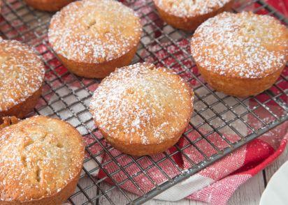 Super moist banana nut muffins recipe genius kitchen forumfinder Images