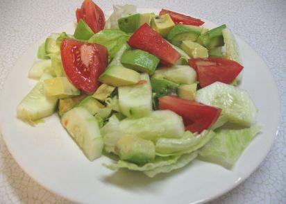 Simple Garden Salad Recipe - Genius Kitchen