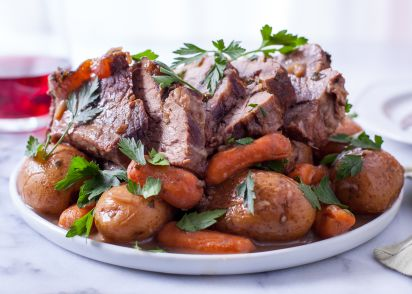 how to cook a sirloin roast in a crock pot