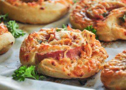 Dough belly bbw bacon pineapple pizza