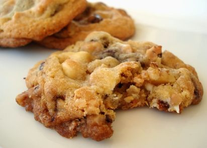 Everything But The Kitchen Sink Chocolate Chip Cookies Recipe ...