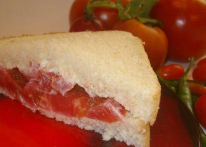2- Handed Kitchen Sink Tomato Sandwich Recipe - Genius Kitchen