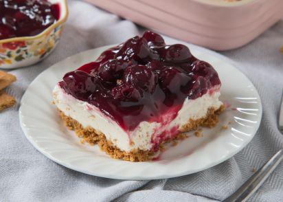 Easy cherry delight dessert no bake recipe genius kitchen forumfinder Choice Image