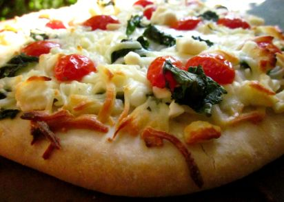 recipe: garlic spinach pizza [11]