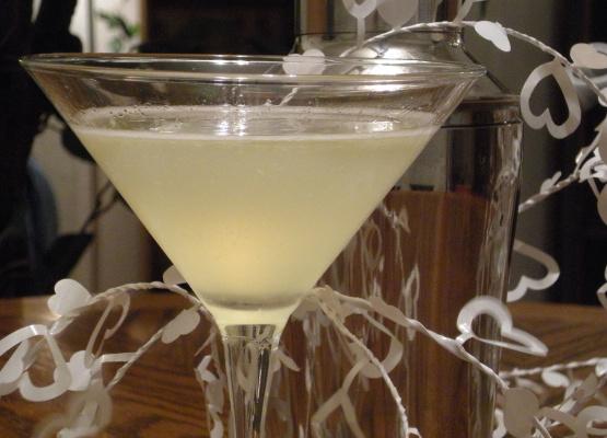 Wedding Cake Martini Recipe Genius Kitchen