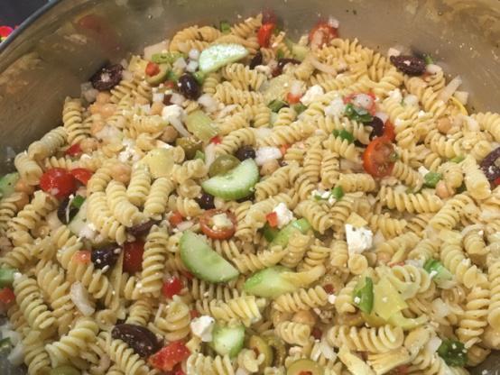 Greek pasta salad recipe greeknius kitchen like forumfinder Choice Image