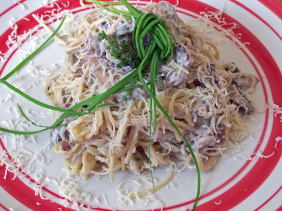 Easy Angel Hair Pasta With Creamy Mushroom Sauce Recipe Genius Kitchen