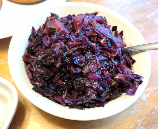 how to make braised red cabbage