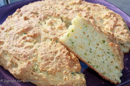Australian Cheese Garlic And Chive Damper Recipe Cheese Genius Kitchen