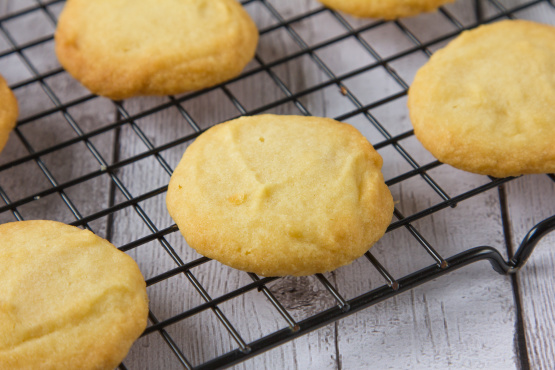 3 Ingredient Melt In Your Mouth Shortbread Cookies Recipe