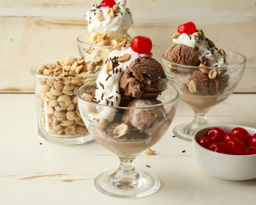 Sundaes Ice Cream Cakes