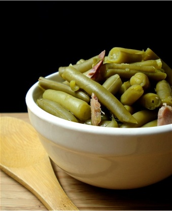 kitchen cut green beans southern style green beans recipe genius kitchen 4370