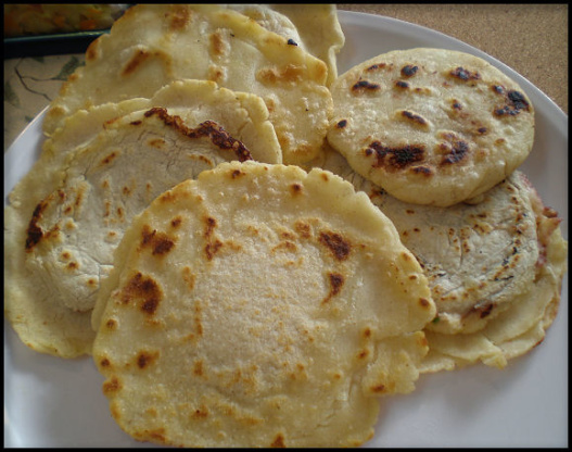 Authentic salvadorean pupusas recipe genius kitchen forumfinder Images