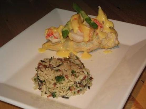 Chicken Oscar With A Hollandaise Sauce Recipe - Genius Kitchen