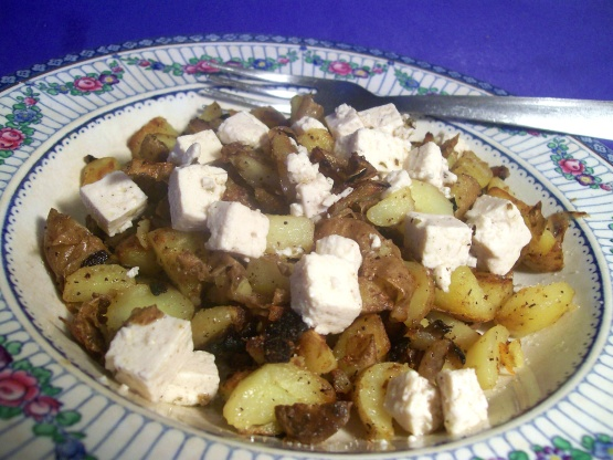 Vegetarian bratkartoffeln german fried potatoes w feta cheese like forumfinder Image collections