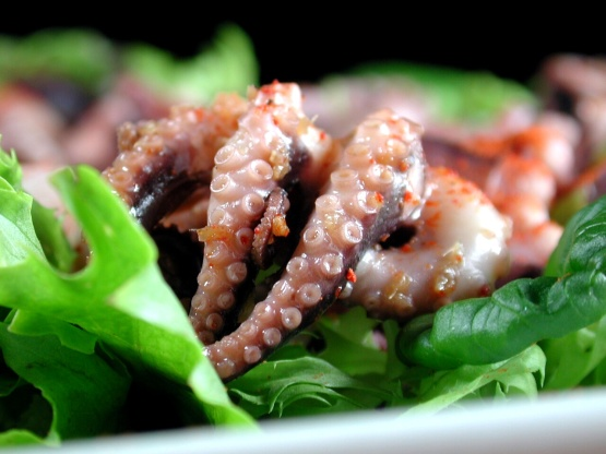 Squid salad or octopus salad japanese style recipe genius kitchen like forumfinder Image collections