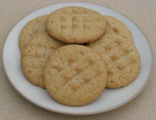 French CrAndegrave;me Peanut Butter Cookies Recipe - Genius Kitchen
