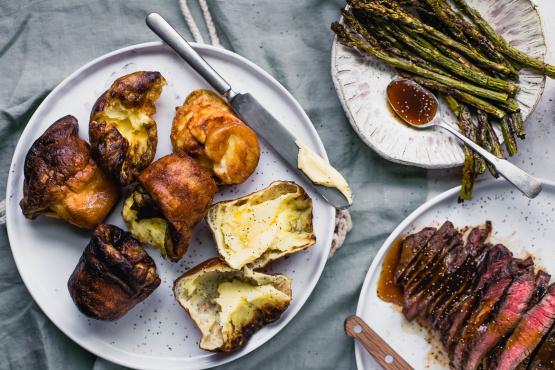 Jamie olivers yorkshire puddings recipe genius kitchen like forumfinder Images