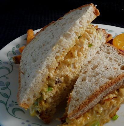 =--> وصفة سهلة للعشاء : التونة بالصلصة والبندورة <--=