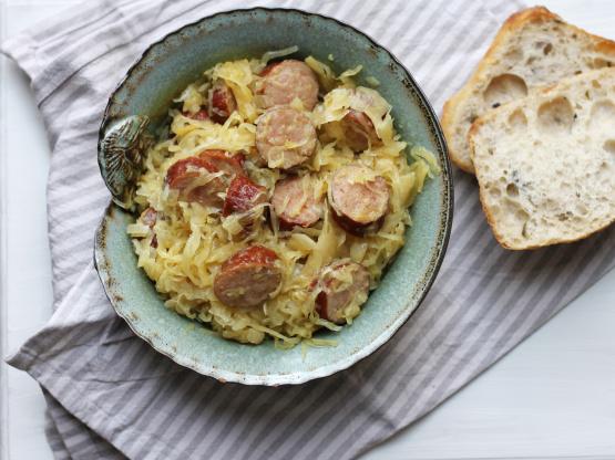 Crock Pot Apple And Sauerkraut Kielbasa Low Fat Recipe Genius Kitchen