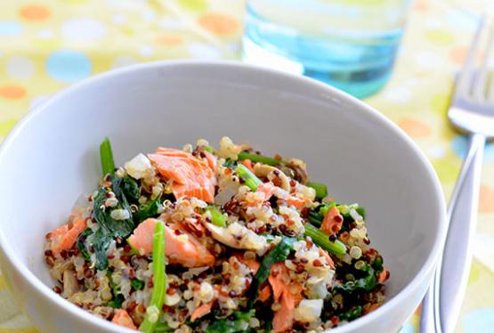 Quinoa Pilaf With Salmon, Spinach And Mushrooms Recipe - Genius Kitchen