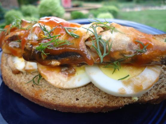 Open face sardine and egg sandwich recipe genius kitchen for Sardine lunch ideas