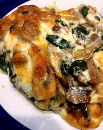Smothered Chicken With Spinach And Mushrooms Recipe - Genius Kitchen