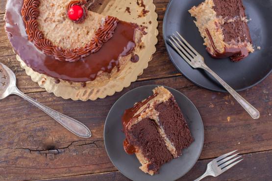 German Chocolate Cake With Coconut Pecan Frosting Recipe Genius