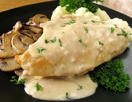 of in cream sauce Breast chicken