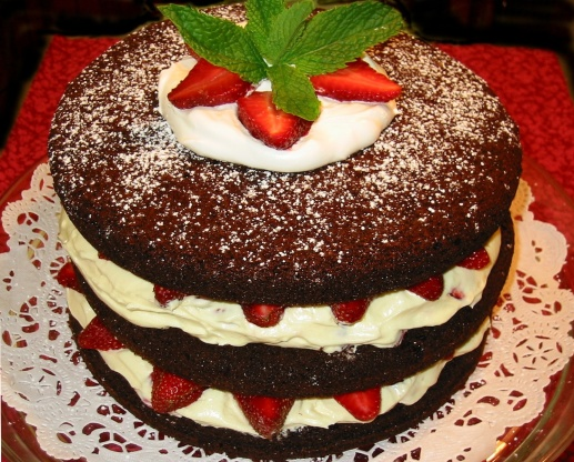 recipe: strawberry and raspberry cake [4]