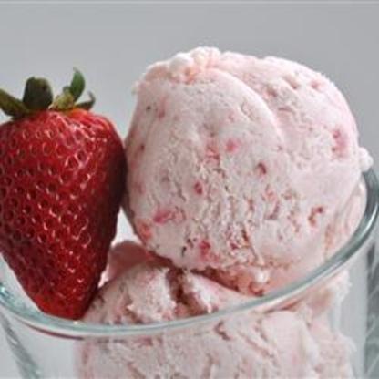 homemade strawberry ice cream recipe recipe genius kitchen. Black Bedroom Furniture Sets. Home Design Ideas